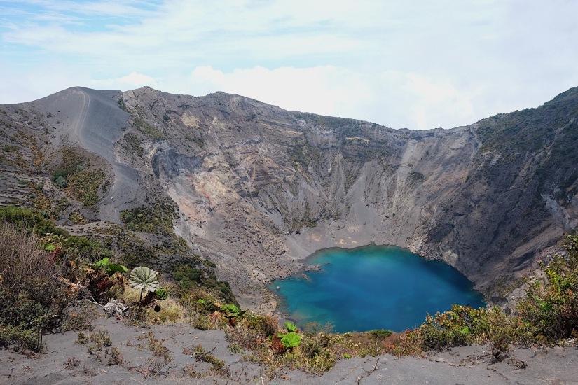 Irazú Volcano (イラス火山)